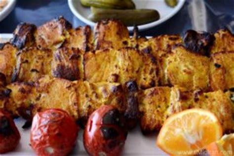 lingua persiana mangiare fuori in iran frasi in lingua persiana da usare