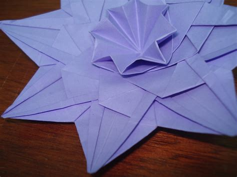 Pattern Origami - origami flower pattern 2 by kiytzia on deviantart