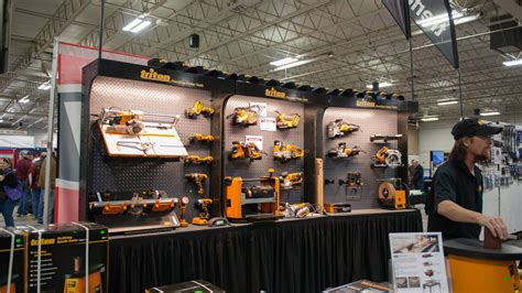 exhibitor booth  woodworking shows
