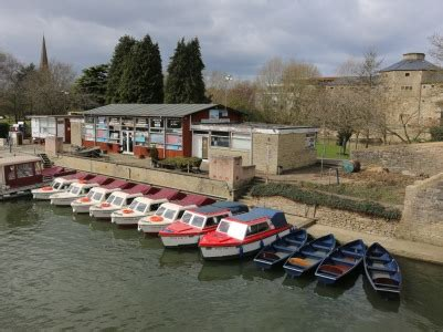 river thames boat hire abingdon abingdon blog 187 hire boats back in the water