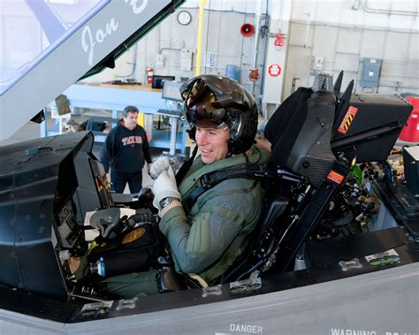 Marine Search 1000 Images About F35 Helmet On F35 Helmets And Pilots