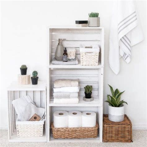 bathroom essentials 25 best ideas about decorating bathroom shelves on