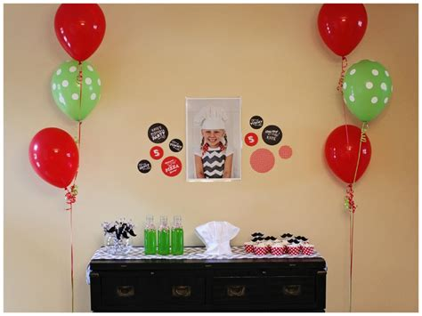 Pizza Decorations Supplies by Birthday Ideas Pizza Pear Tree