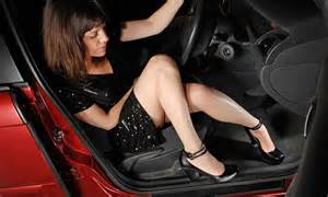 celebrity boat manuals flip flops are more dangerous to drive in than heels and