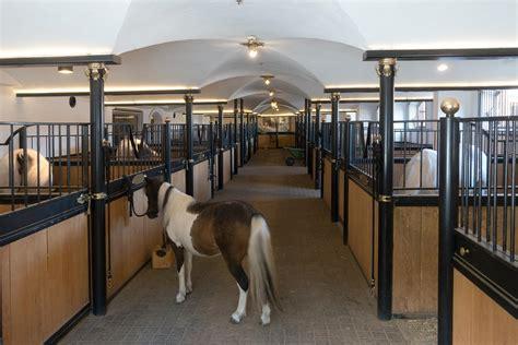 stall de farms for sale acreage 20 farmhouse horses barn