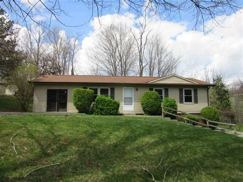 136 cottage st bluefield virginia 24605 reo home details