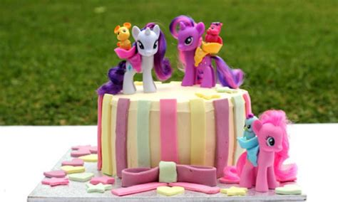 Gaun Princess Pony Celestia 3 Tahun my pony birthday cake kidspot