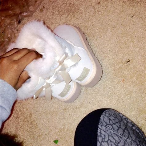 ugg boots salt white mini bailey bows uggs