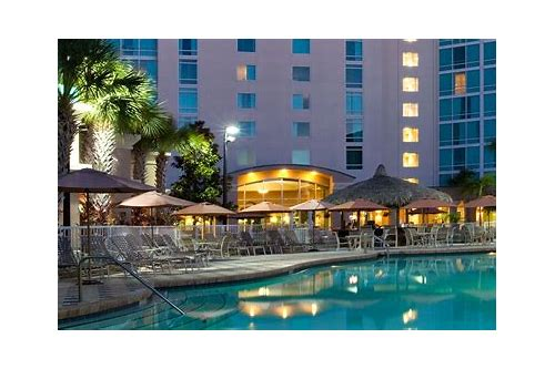 universal studios hotel deals florida residents