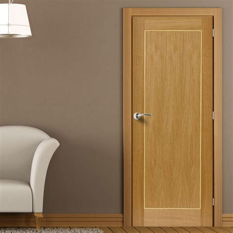 Bedroom Door Handles roma diana flush door is pre finished internal oak doors