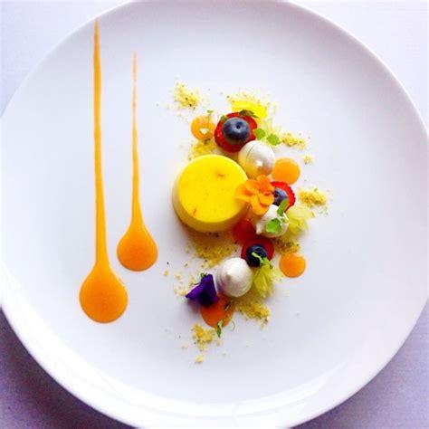 Home Decor Trends Spring 2017 Food Inspiration Saffron Pannacotta Green Grapes