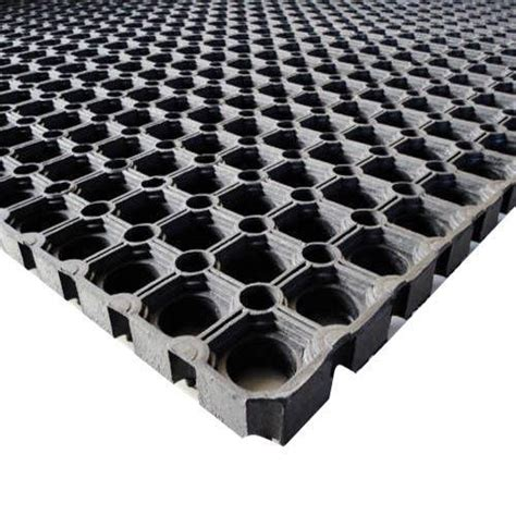 Spray On Rubber Matting by Manufacturer Of Rubber Matting And Flooring Silicone Products By Samrat Polymers