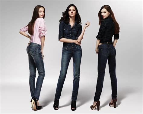 Kemeja Panjang Flanel Ad 4warna 12 tips gaya berpakaian untuk wanita bertubuh pendek