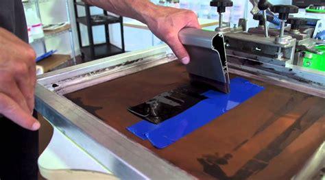 Kaos No No Saiyan Desain Premium Sablon Printing dari hasil desain hingga hasil kaos sablon abyad sp itu