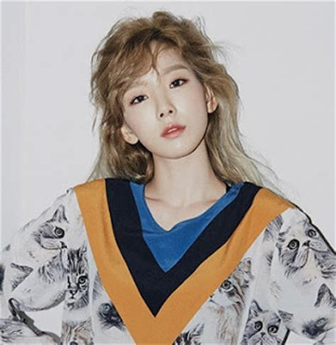 Ceci Magazine 2017 08 snsd taeyeon charms fans through ceci s september issue
