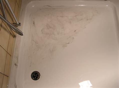 Kratzer Emaille Badewanne Entfernen by Badewanne Polieren Energiemakeovernop