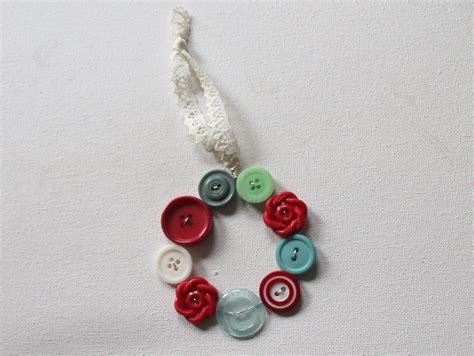 button ornaments button wreath ornament emerging creatively jewelry tutorials