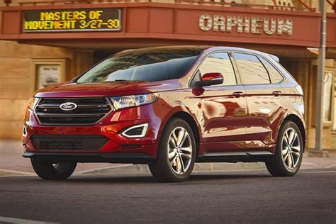 should i buy a ford edge 2016 ford edge vs 2016 jeep grand which is