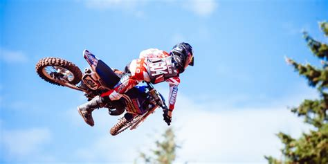 child motocross gear how to select the right motocross protective gear for