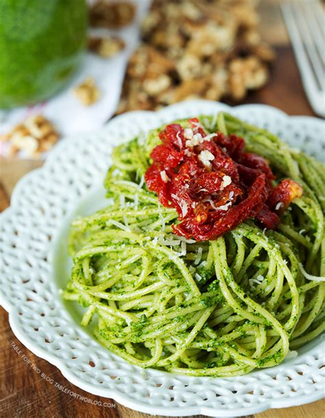pasta with arugula pesto sun dried tomatoes and pine nuts recipe dishmaps