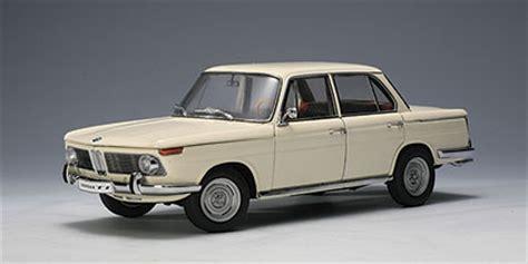 autoart: bmw 1800 tisa 'neue klasse' street car