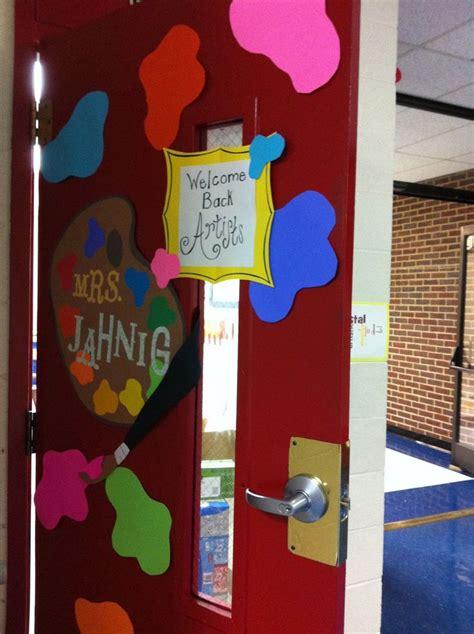 Room Door Decorations by Best 20 Room Doors Ideas On Classroom