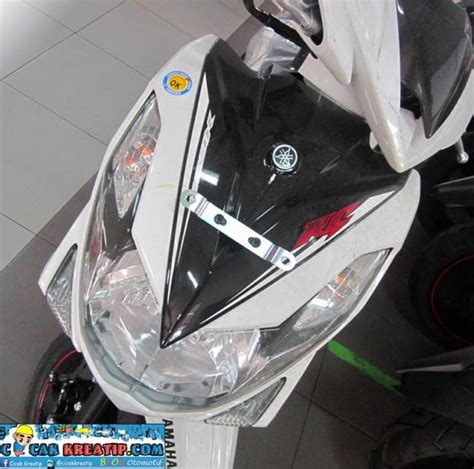 Cover Jok Kulit Jok Yamaha Xeon Gt 125 Original yamaha xeon rc lorenzo mendapat striping baru refreshmen nih gan sudah nangkring di dealer