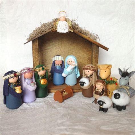 Handmade Nativity Set - 25 best ideas about nativity sets on nativity