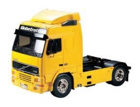 tamiya volvo tamiya 1 14 r c volvo fh12 globetrotter 420 truck model