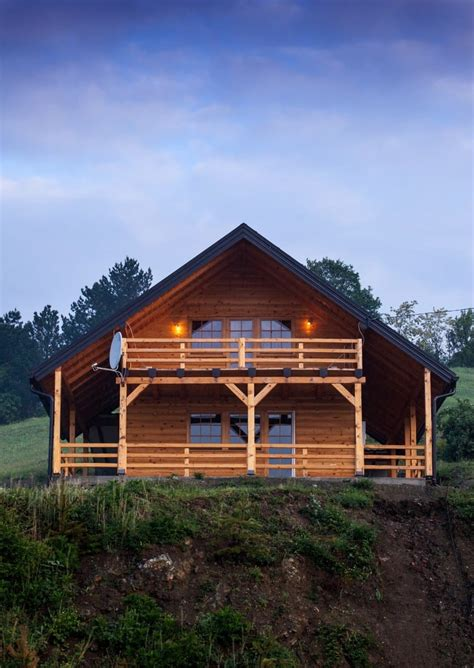 Cabin Home On The Hill by 52 Luxury Log Homes Great Pictures