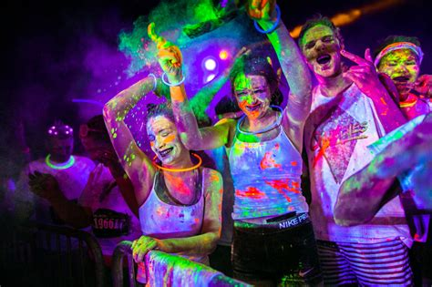 I Ran A Light by 7 Reasons To Join Blacklight Run Singapore The Brightest And Largest Ultraviolet Run Of The