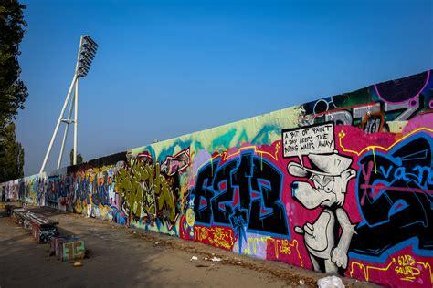 Wall Murals Graffiti graffiti in mauerpark berlin okt 2015 urbanpresents