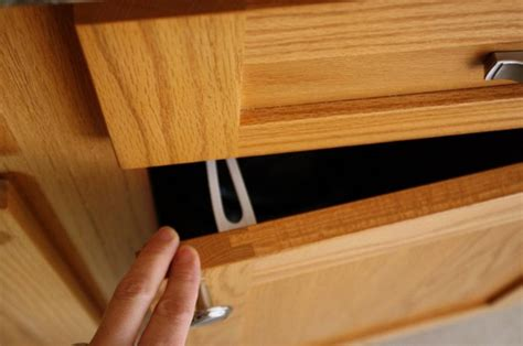 Baby Proof Cabinets by Safety Comes With Munchkin Baby Dickey Review