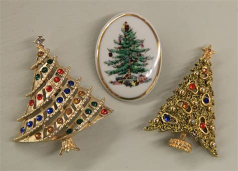 found in ithaca 187 vintage christmas tree pins