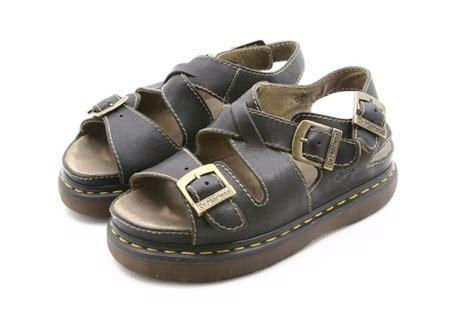 doc martens sandals dr doc martens unisex sandals usa mens size 8 or womens 9