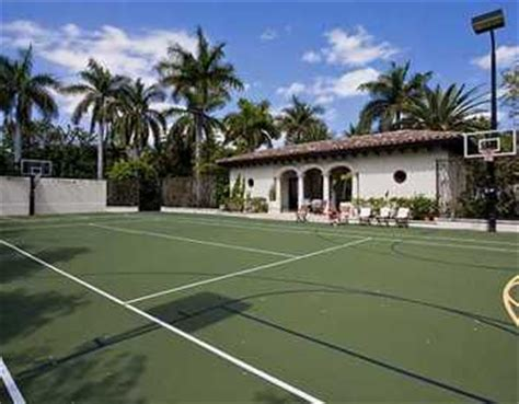 Lebron House On Cribs by Luxury Mansions Homes Lebron S New Home
