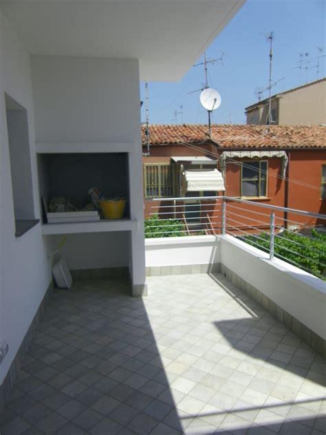 barbecue terrazzo meraviglioso appartamento con 4 camere letto