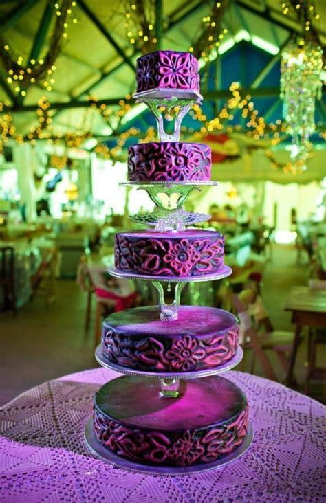 etagere lila lila hochzeitstorte ideen violette und purpurrote muster