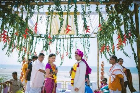 south indian mandaps   outdoor wedding wedmegood