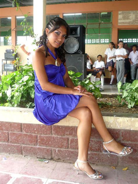 culonas atrevidas linda nena peruana chicas y nenas loretanas iquitenias fotos amistad amor