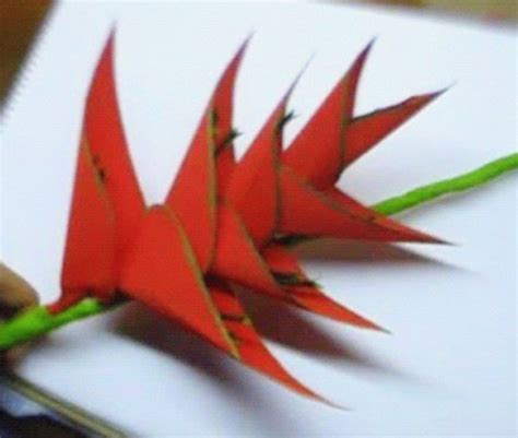 How To Make Paper Hawaiian Flowers - 270 best images about paper flowers etc on