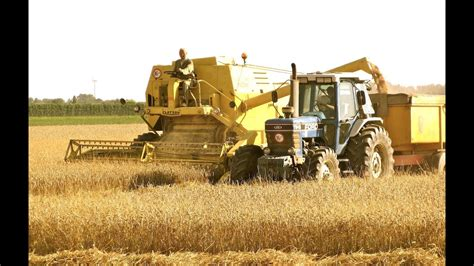 classic combine week 7 new holland clayson m140 youtube