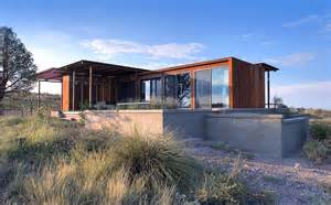 compact house the marfa weehouse a compact desert retreat alchemy architects small house bliss