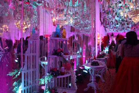 romeo and juliet western theme a gorgeous romeo juliet themed mumbai reception by r 1
