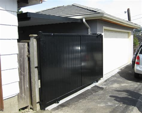 Cover side drive way    Patio Cover Vancouver BC