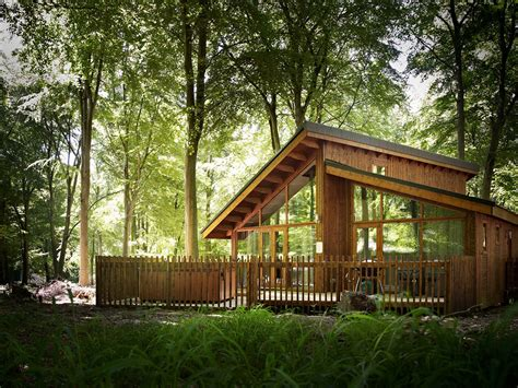 Log Cabin Weekends Away Uk by This Lofty Cabin Is Simply Astonishing 171 Country Living