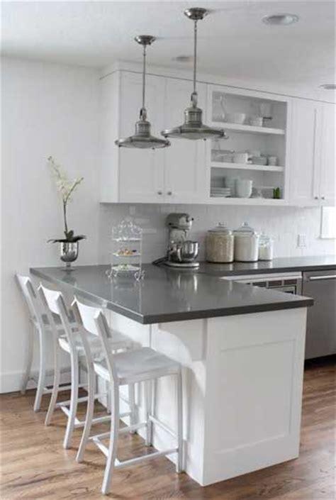 How To Arrange A Kitchen les 25 meilleures id 233 es de la cat 233 gorie tables pour 238 lot