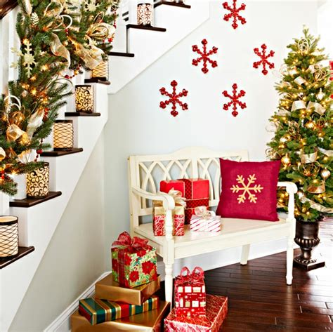 large scale interior christmas decorations decorar las escaleras para navidad