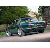 Jaguar XJ Series 1  1970 XJ6 Drive
