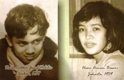 biografi pak habibie dan ibu ainun bukti cinta sejati ini 10 foto lawas kemesraan habibie